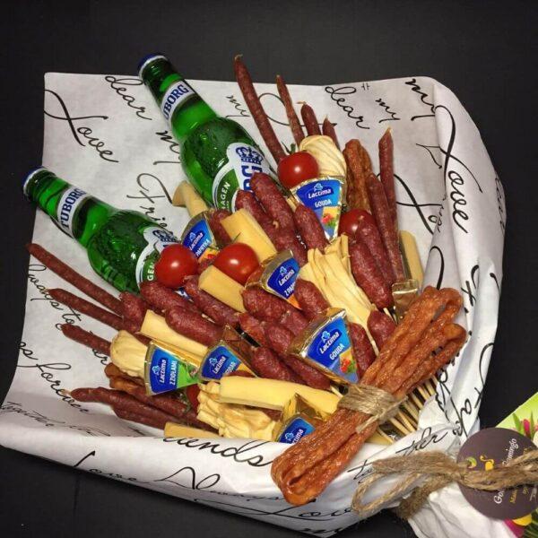 Чоловічий букет з продуктів