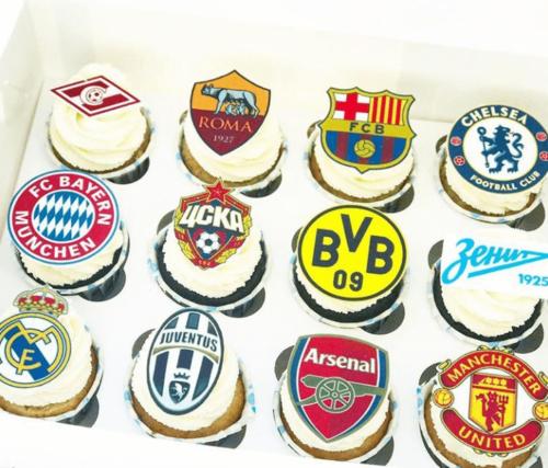 Футбольні капкейки з логотипами футбольних клубів