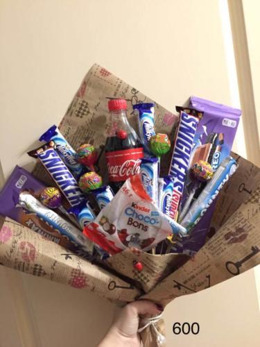 Дитячий букет із солодощів