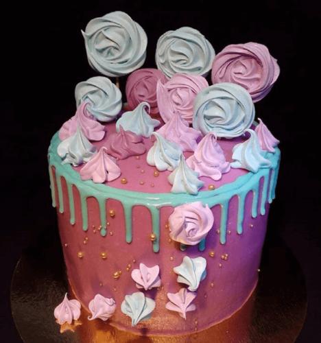 Торт на замовлення з зефіром